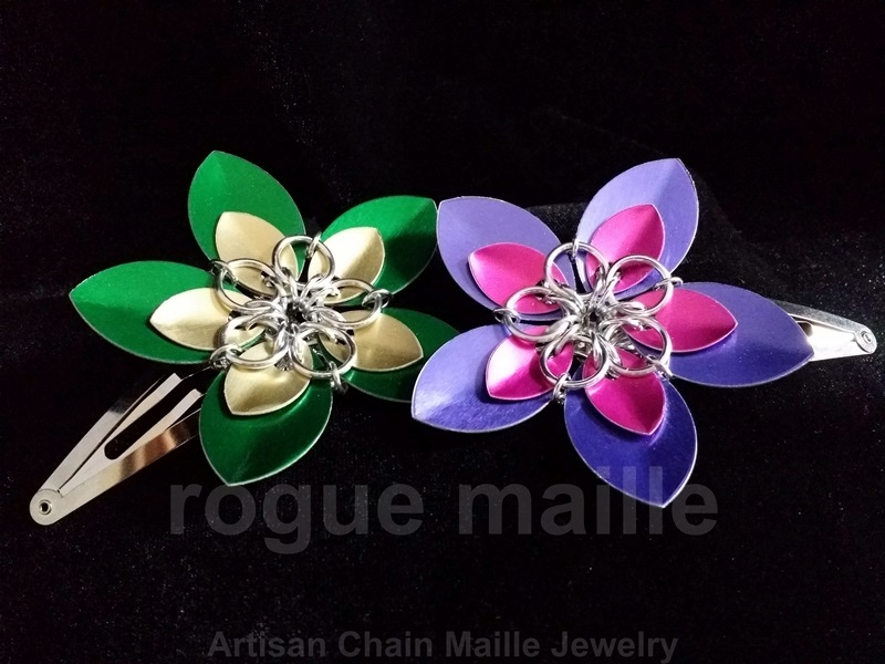 012-Large Scale Flower Barrette