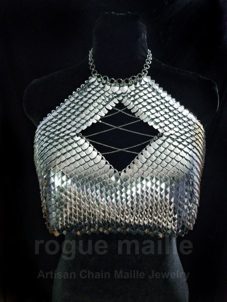415 - Silver Navah Scale Top