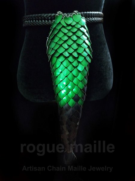 195 - Green and Black Short Tail
