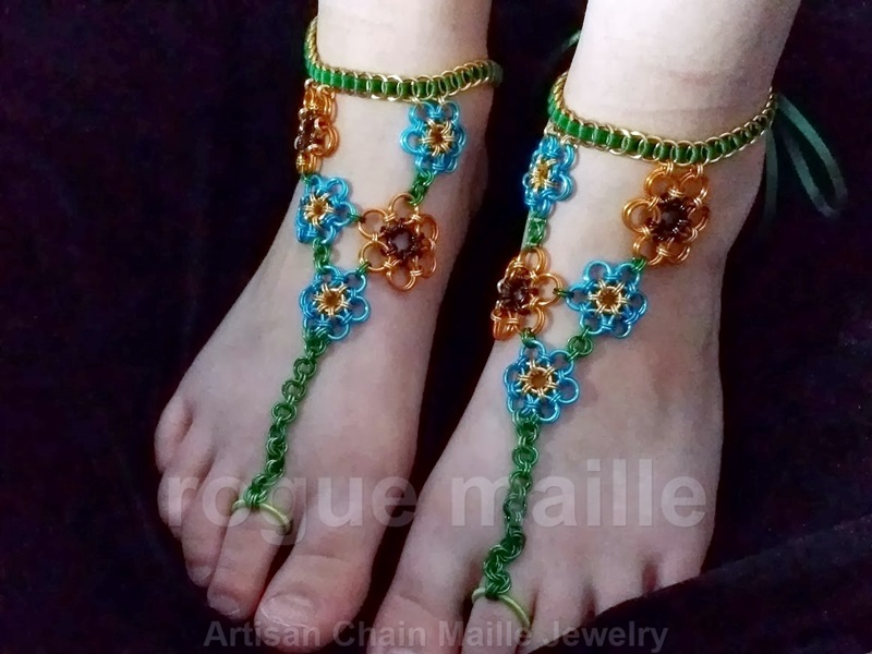 070-Barefoot Sandals